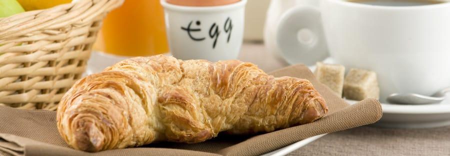 breakfast-served